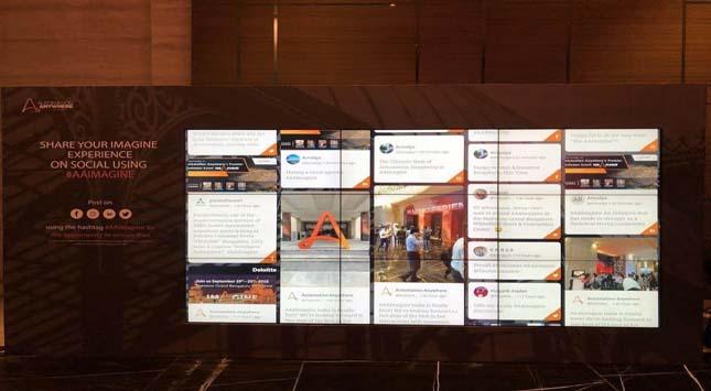Social Media Display